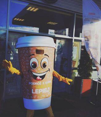 Unikalne stroje reklamowe Elabika, czyli Kubek kawy dla Oktan Cafe
